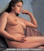 徐芒耀油画人体《坐着的女人体》欣赏