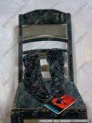 程竹静物油画《 红色娘子军与黑皮鞋》高清大图下载
